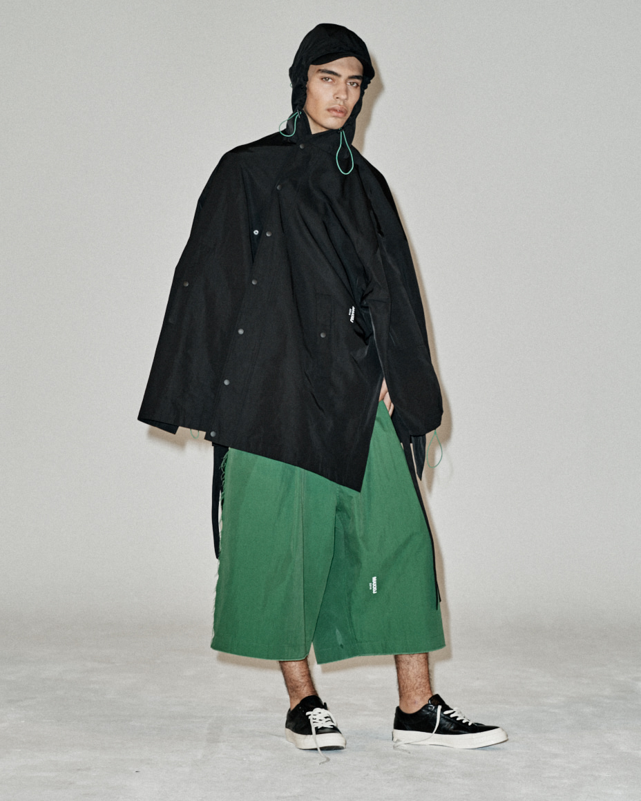 Green String Contrast Raincoat Black