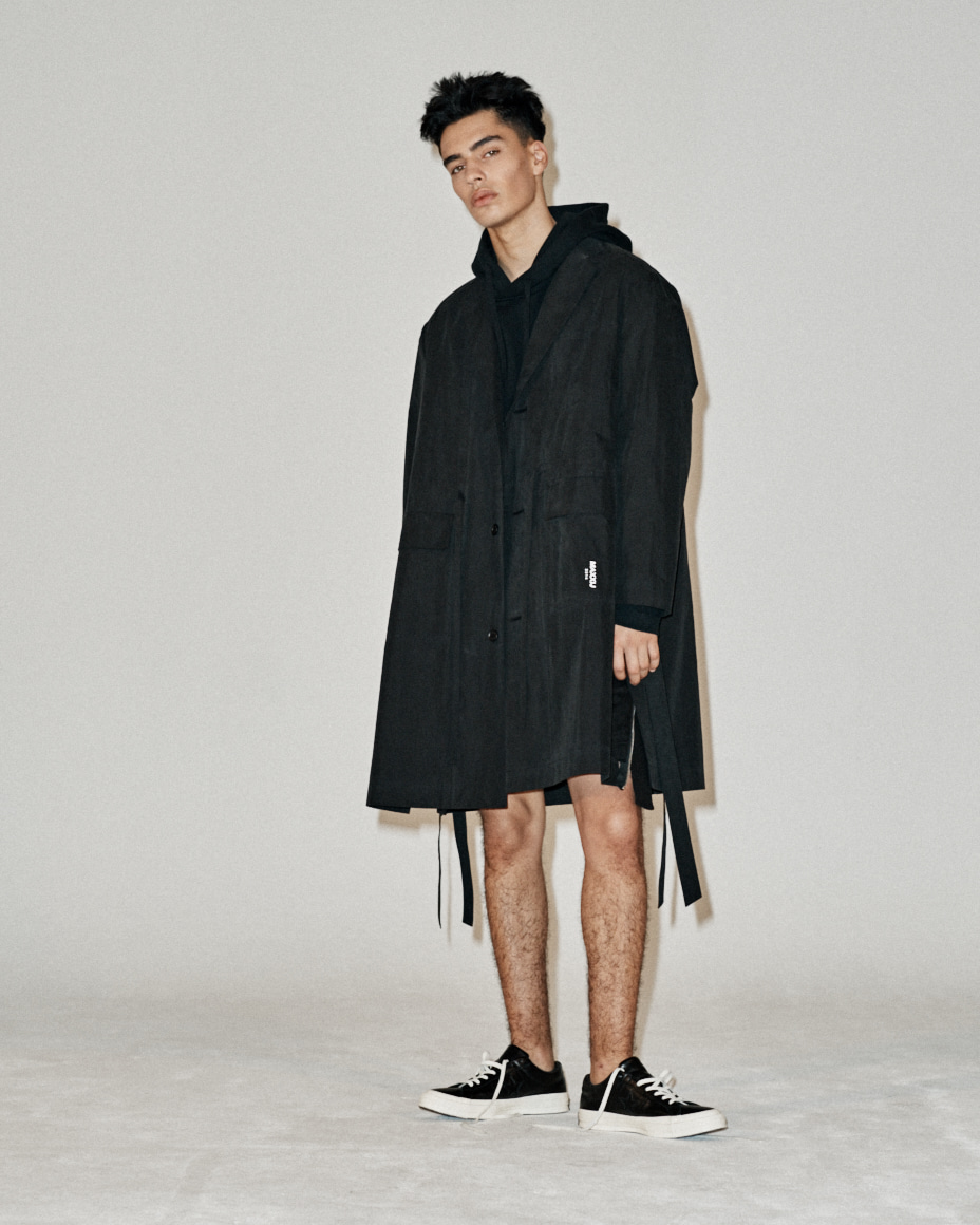 Light Weight Tailored Single Coat Black